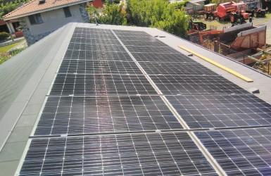 Realización de Empresa Fotovoltaica Italiana